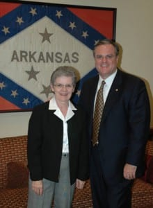 Former American Knife and Tool Institute president Goldie Russell meets with Arkansas Senator Mark Pryor in his office in Washington, D.C.