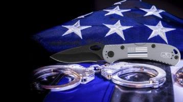 Buck Knives Releases Model 722 in Honor of Law Enforcement